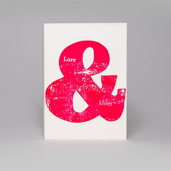 Love & Kisses card in fluoro pink